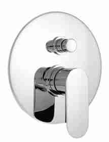 Linee futuristiche per il miscelatore doccia