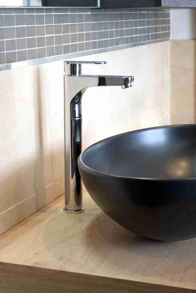 Disegno contemporaneo e qualità profusa per i miscelatori da bagno